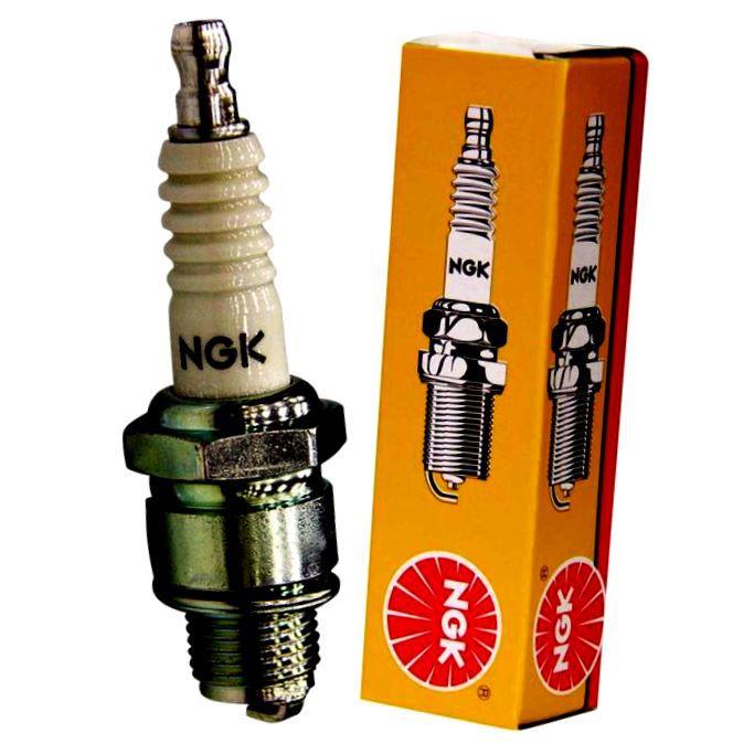 Zapalovací svíčka NGK,typ BKR5ES